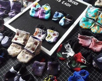 Stay-put Baby Booties