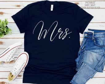 Mrs Shirt   Bride Tee   Just Married T-Shirt   Newlyweds   Honeymoon Shirt   Wedding Gift   Bridal Shower   Bride to Be   Engaged   Fiancee