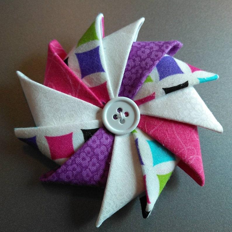 Folded Fabric Brooch Pinwheel Pin Spring Brooch FFPS201913 image 0