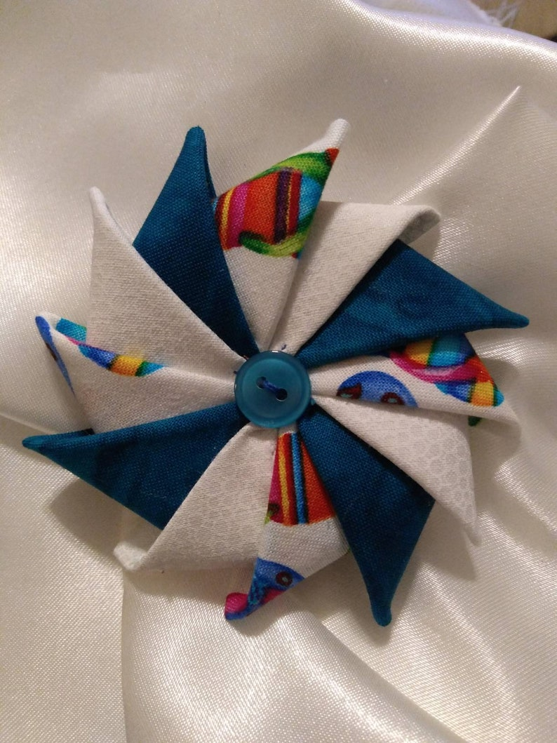 Pinwheel Pin Folded Fabric Pin FlipFlop themed brooch image 0