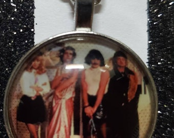 I Want To Break Free Cabochon Necklace