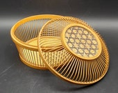Gorgeous wicker rattan bamboo basket bowl with lid lucite star accent design. Boho Bohemian home decor
