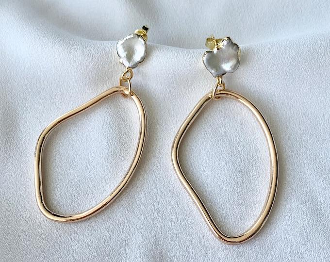 Pearl abstract hoop gold earrings