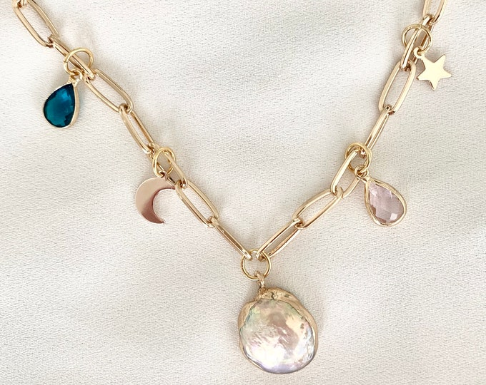 Large chain pearl treasure necklace
