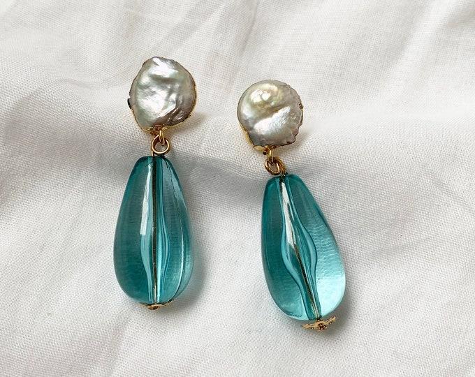 Waterdrop pearl earrings