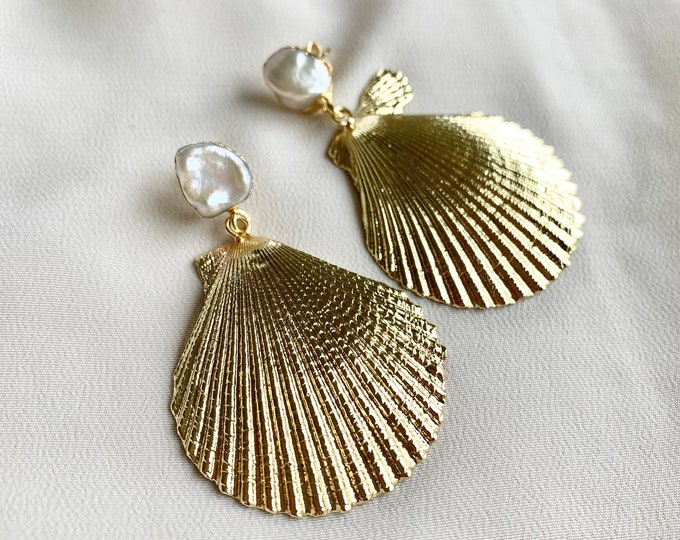 18k gold plated scallops with freshwater pearl nickel free studs  / irregular large pearl shell statement earrings / tropical boho earrings