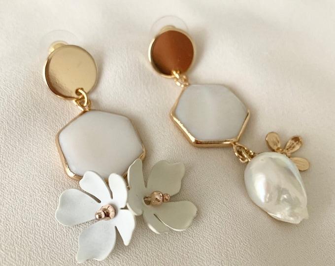 Mismatching flower pearl shell earrings
