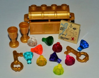 LEGO Pearl Gold Pirate Treasure Chest, 10 Jewels Crystals Gems Diamonds, 2 Goblets, 2 Keys, 1 Map