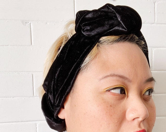 Black Signe- Adjustable Velvet Headwrap