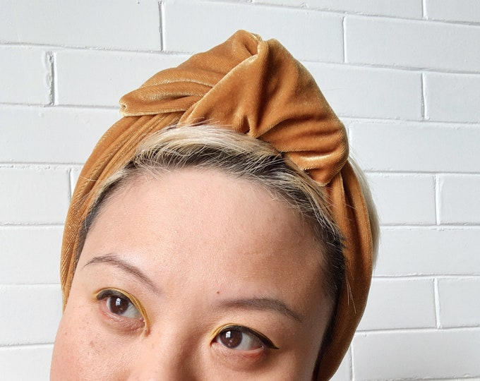 Golden Harvest Signe- Adjustable Velvet Headwrap