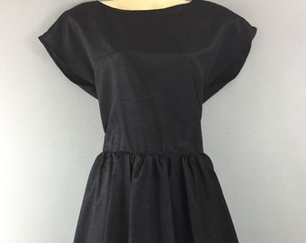 9ca4fd9b2272c Black vintage puffball dress 8 10 fitted skirt Button back prom Party
