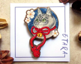 Japanese cat, wooden pin, japanese pin, Etara pin