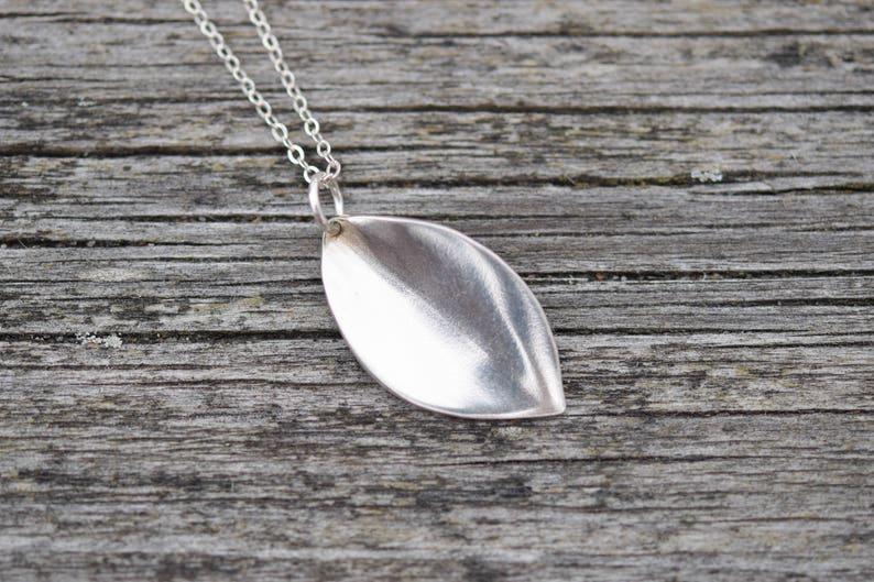 Leaf Necklace Solid Silver Leaf Pendant Abstract Leaf Necklace Mother/'s Day Gift Silver Leaf Necklace