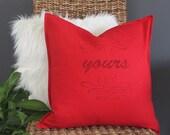 Pillow with love declarat...