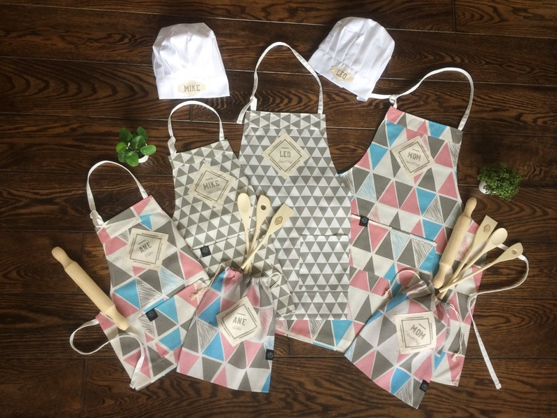 Custom Kitchen apron and baking set for the whole family For image 0