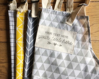 Kitchen or bbq apron with your own custom quote print, handprinted! A prefect gift for birthdays, a housewarming, an anniversary, valentines