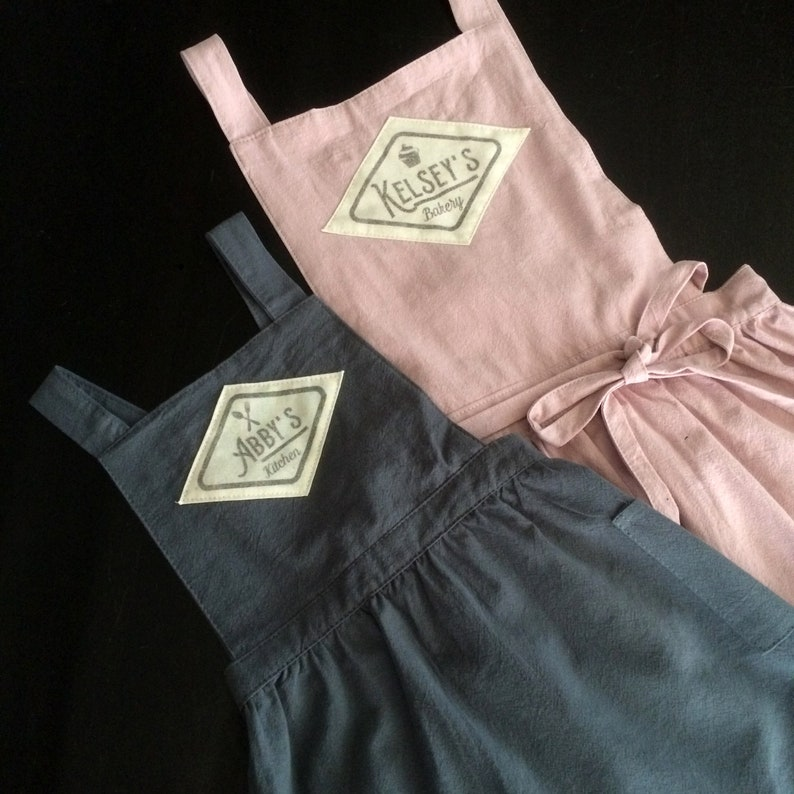 Mother daughter farmhouse apron customized with name image 0