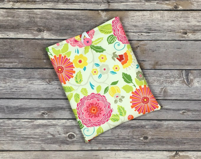 Summertime Flowers Book Sleeve with Pockets