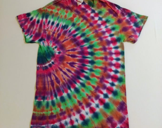 Featured listing image: Tie Dyed Side Circle T-Shirt/Adult Small