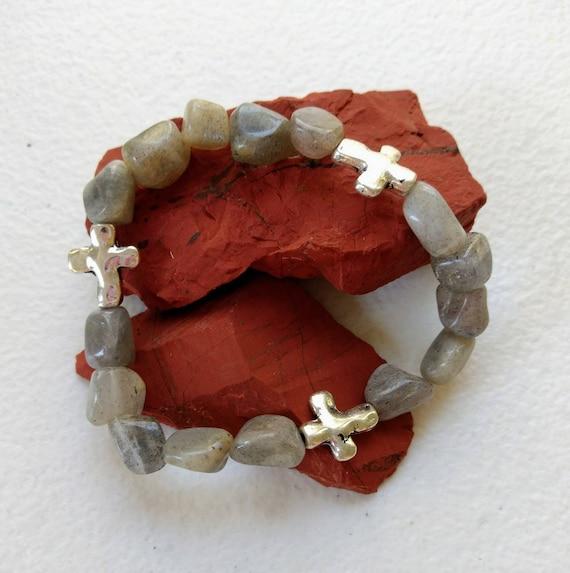 Labradorite and Silver Cross Stretch Bracelet