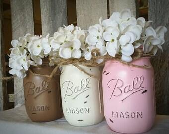 Painted and Distressed Mason Jars. Mason Jar Home Decor. Wedding Centerpieces. Nursery Decor. Rustic Home Decor. Primitive Farmhouse Decor.