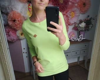 """MEKO® """"Lolovy"""" Longsleeve in Lime, Ladies, Long Sleeve Shirt with Round Neck"""