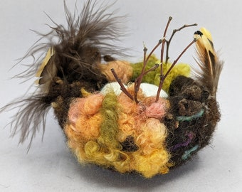 Felted Bird Nest in Warm colors with Eggs