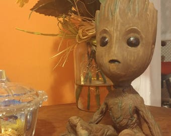 """Guardians of The Galaxy  """"Baby Groot """" Wooden Statue"""