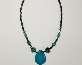 Magnetic Therapy Turquoise Pendant Necklace