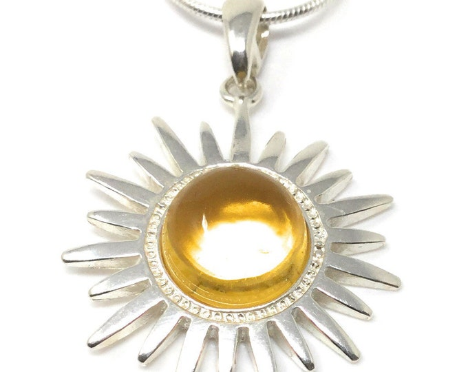 Citrine Sun Necklace - Sterling Silver & Citrine Pendant - Healing Crystal Gemstones - Celestial Jewellery - Gift Box and tag - 2.5cm