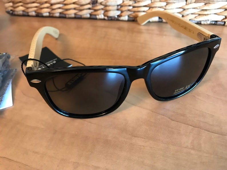Barcur Custom Engraved Mens UV400 Polarized Sunglasses Light Bamboo Wood Frames