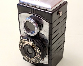 Hamilton Super-Flex Twin Lens Reflex (TLR) Camera - 127 rollfilm