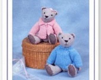 MEGAN Welsh doll Knits /& Pieces Sandra Polley Teddy bear knitting pattern KP-14