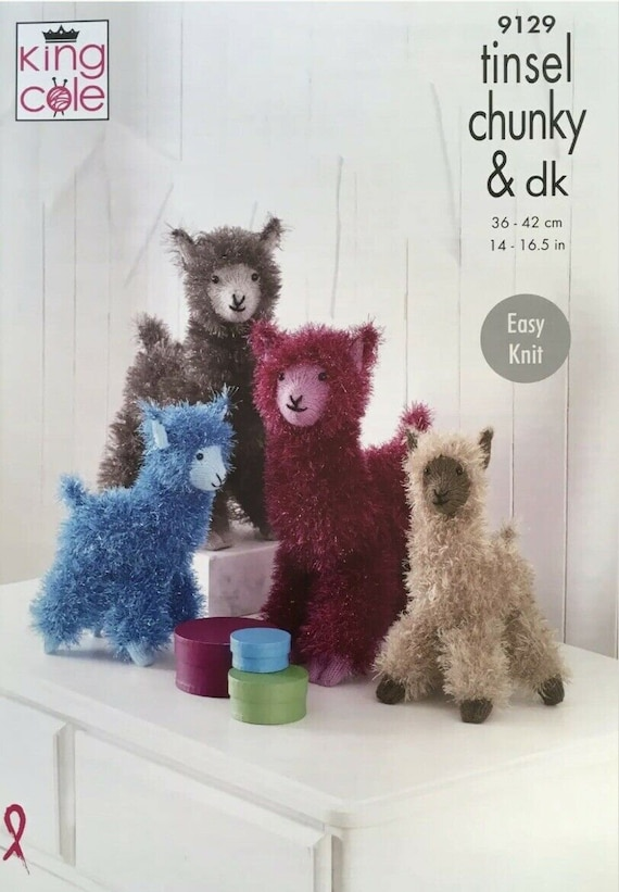 KINGCOLE 9077 TINSEL KNITTING PATTERN for Pomaranian Dogs