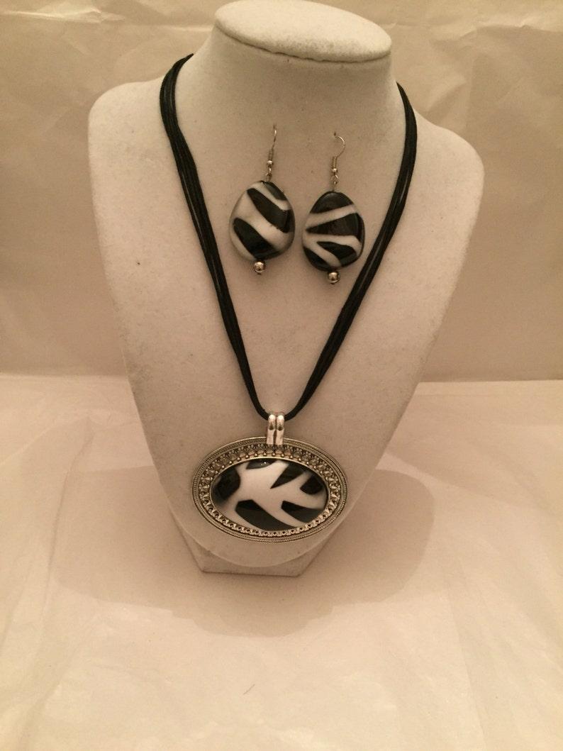 Sale  Zebra Pendant Jewelry Set