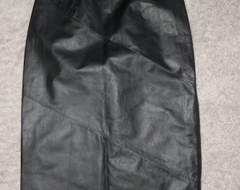 24e9439297 chia leather skirt sz 4 knee length vintage small petite size 26
