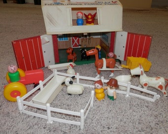 fisher price play farm 1967 set vintage lots extras tractor,fence,horse,chicken,dog,pig 24 pc,