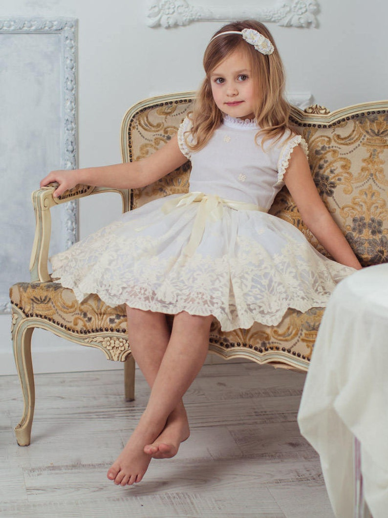 485e4a6eea1c4 Vestido niña ceremonia tul bordado. Embroidered tulle