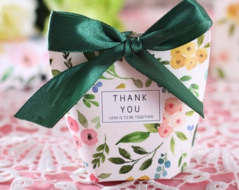 """50 Pcs Green Floral """"Thank You"""" Wedding Favors Candy Boxes Bomboniera Sachet Party Favors Gift Box Paper Gift Bags Candy Bags"""