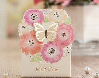 50 pcs Wedding candy box gold butterfly Events Party Supplies Gift box Favors Luxury wedding Decoration Laser Paper Candy Box