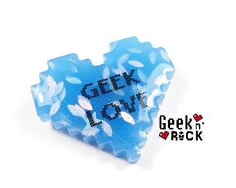 Brooch GEEK - Geeky pixel heart glitter holographic vibrant gamer video game nerd