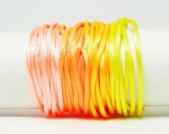 Cordon Queue de Rat - 1,5 mm - Oranger - Kit bracelet, kit collier, kit bijoux, shamballa, Nylon, Rat Cord, Tissage, Macrame, cordon satin