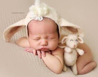 Felted Lamb Bonnet Set