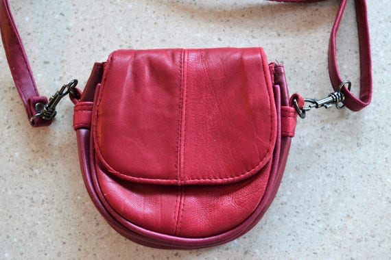 3689edf1ba7b Vintage Red Leather Purse Small Crossbody Bag   Wallet