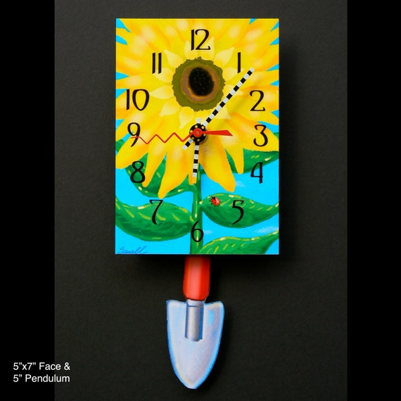 Sunflower Clock with Swinging Trowel Pendulum • Gardener's Clock
