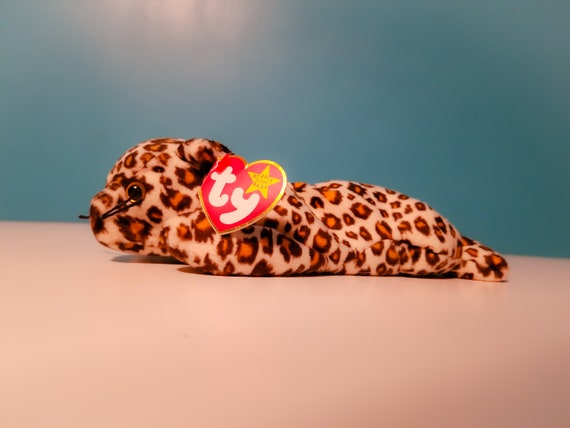 Ty Beanie Baby Freckles the Leopard Collectible Original  00eccca5b379