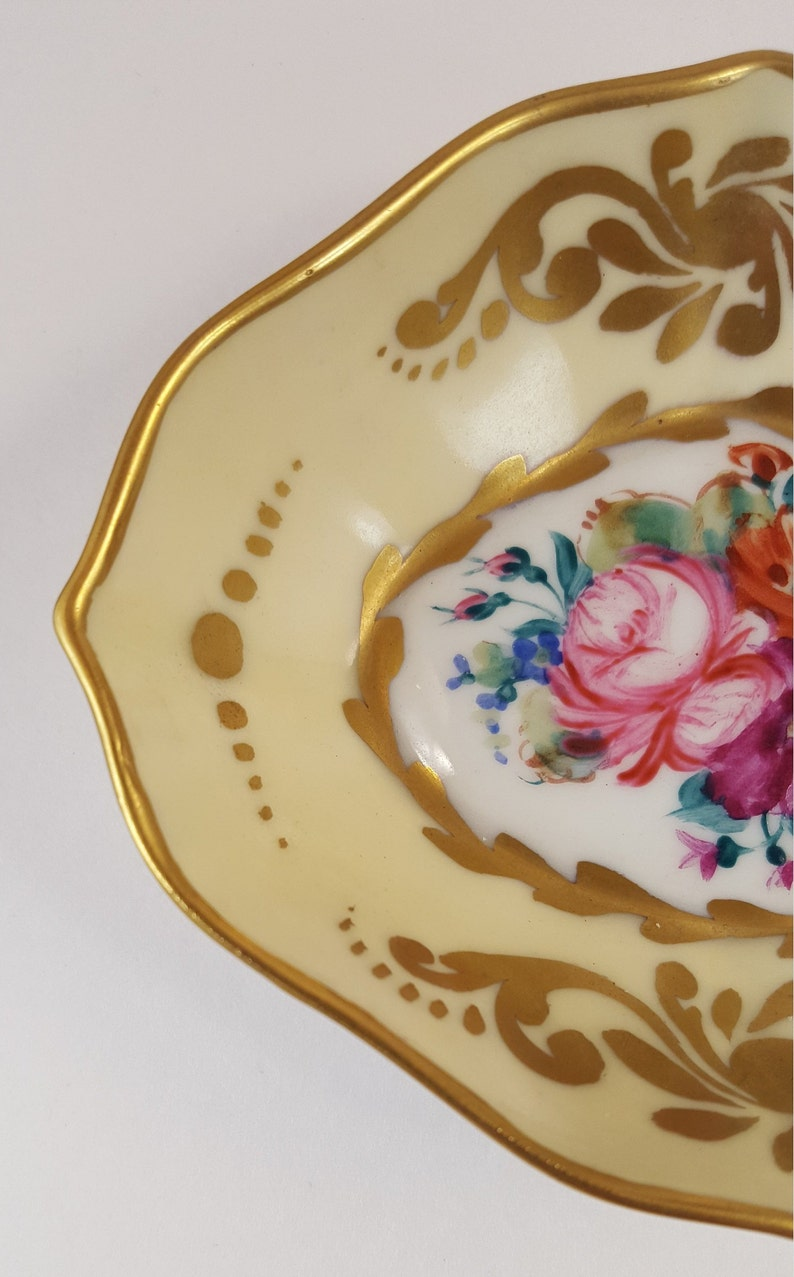 Princess Kylie Blue Coated Flower Designer Fleur De Lis Band Ring Rhodium Plated Sterling Silver