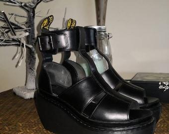 9ffa3626d95 Dr. Martens sandals Bessie