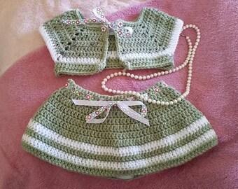 Girls skirt/vest combo, crocheted, green/white, 2T