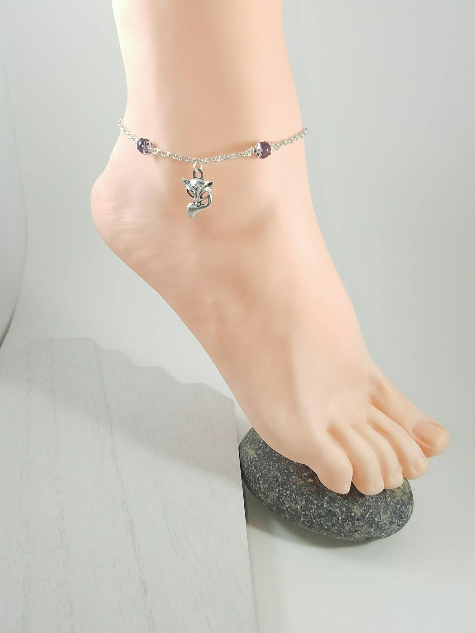 Buy Infinity Heart Anklet from Vixen & Stag - Vixen And Stag